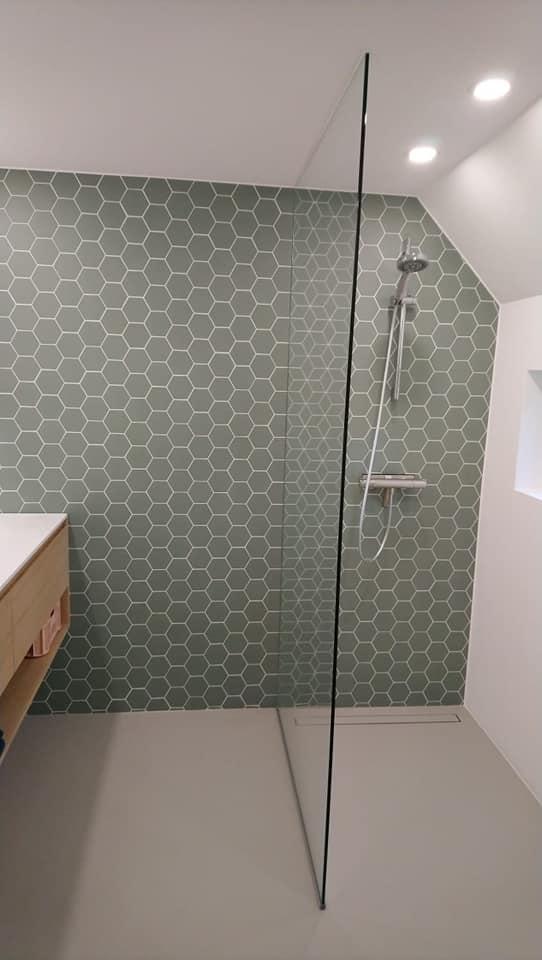 saus in de badkamer emmen