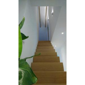 Bronneger sausklaar trap opgang